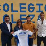 Firma Convenio en Colegio Oleza